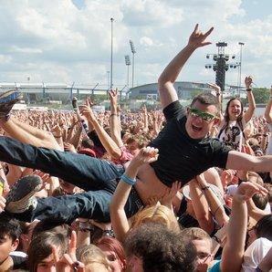 Crowd Surfing