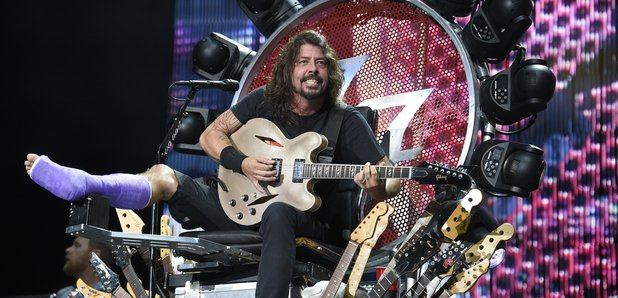 Dave Grohl onstage in the US 4 July 2015
