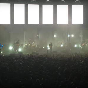 Radiohead live in Paris playing Creep still