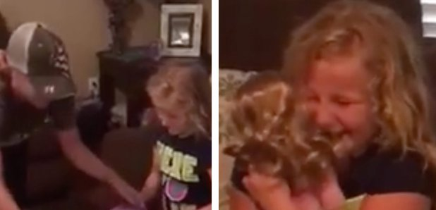 Little Girl is Given Prosthetic Leg cries in video