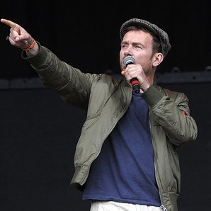 Damon Albarn pointing