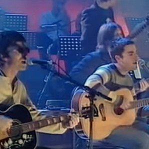 Noel Gallagher Kelly Jones Lennon Tribute 2000