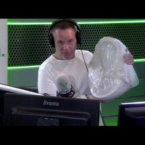 Chris Moyles slates urinal from Selco