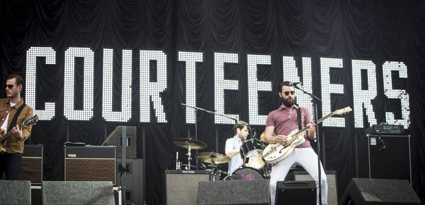 The Courteeners Performing 2016 with sign