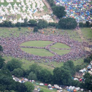 Human Peace Sign at Glastonbury 2017