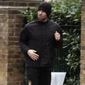 Liam Gallagher jogging